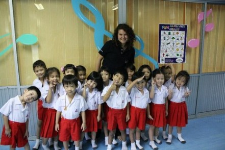 Jess with Thai students