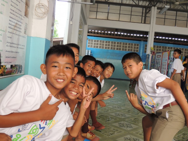 Group of Thai school children