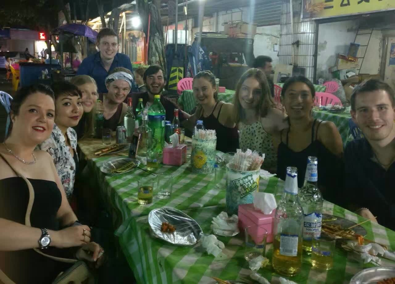 i-to-i TEFL interns enjoy a group meal in Foshan, China