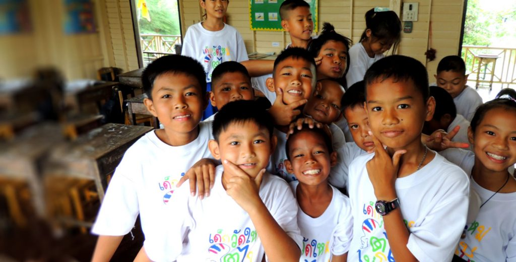 Thailand Children learning TEFL