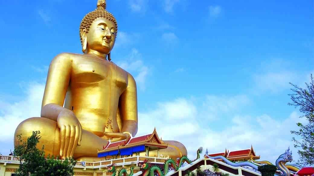 Phra Buddha Maha Nawamin at Wat Muang in Ang Thong Province