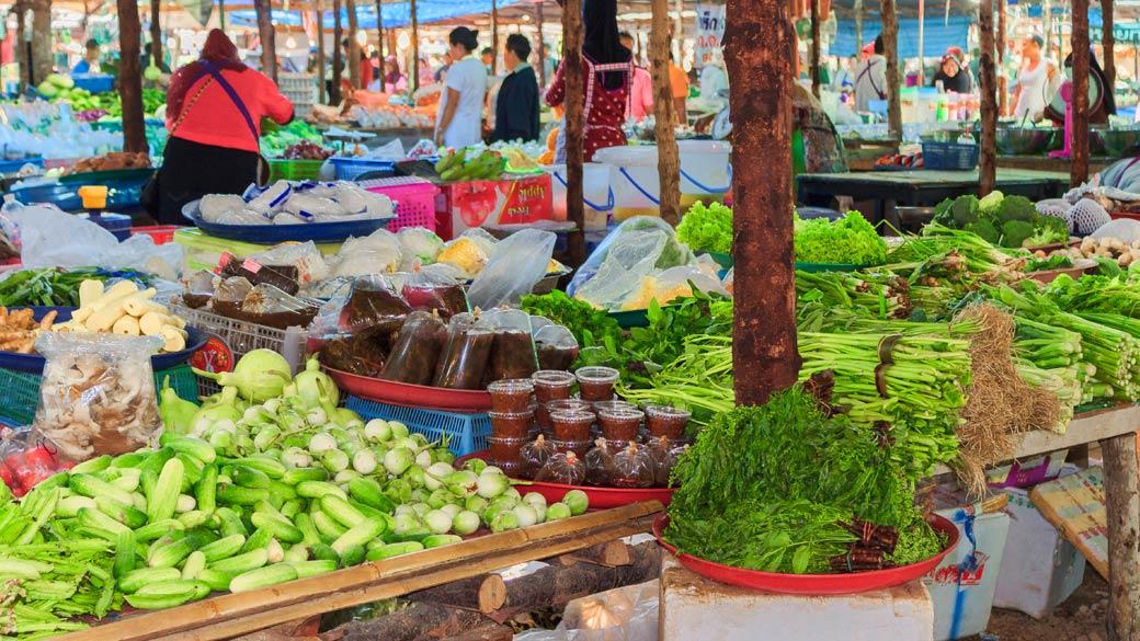Khlong Toey Fresh Market