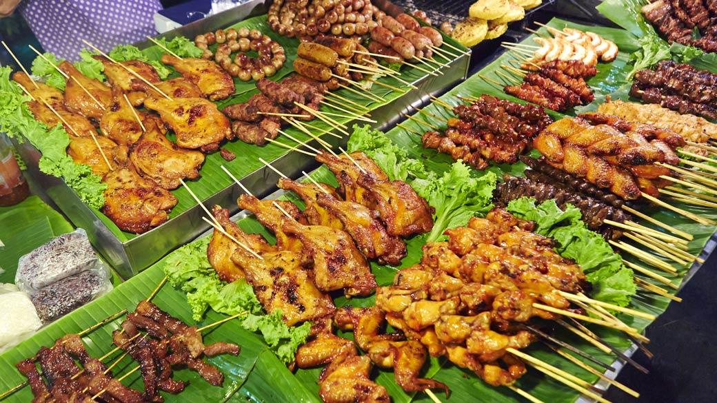 Lard Yai Sunday Market