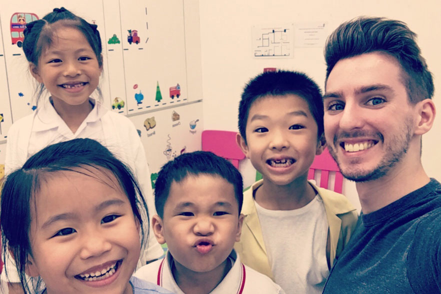 Matthew and Chinese students