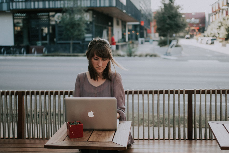 girl working from laptop