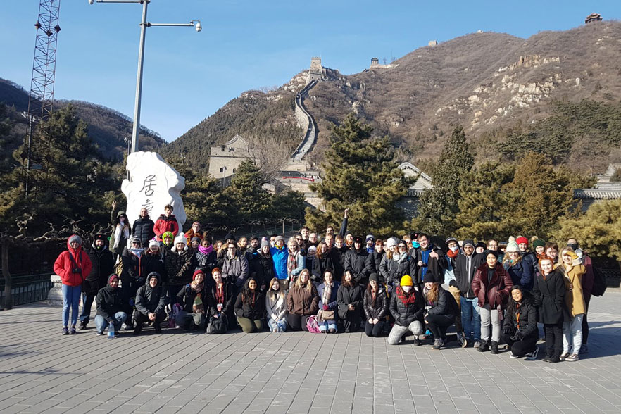 itoi group at the great wall of china