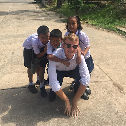 tefl teacher with students