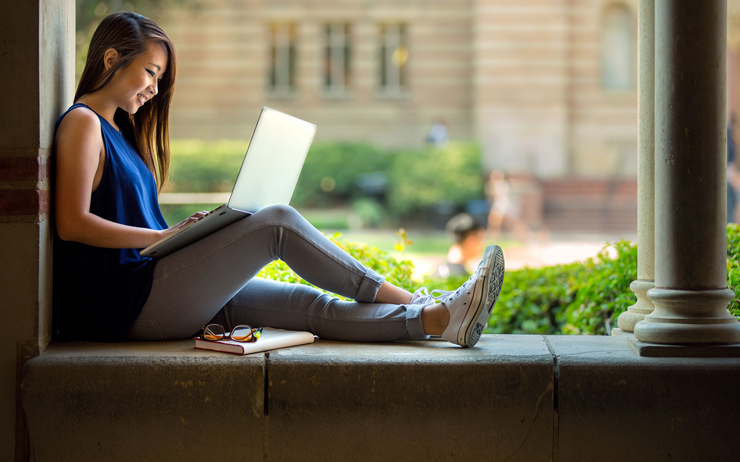 Relaxed online learning