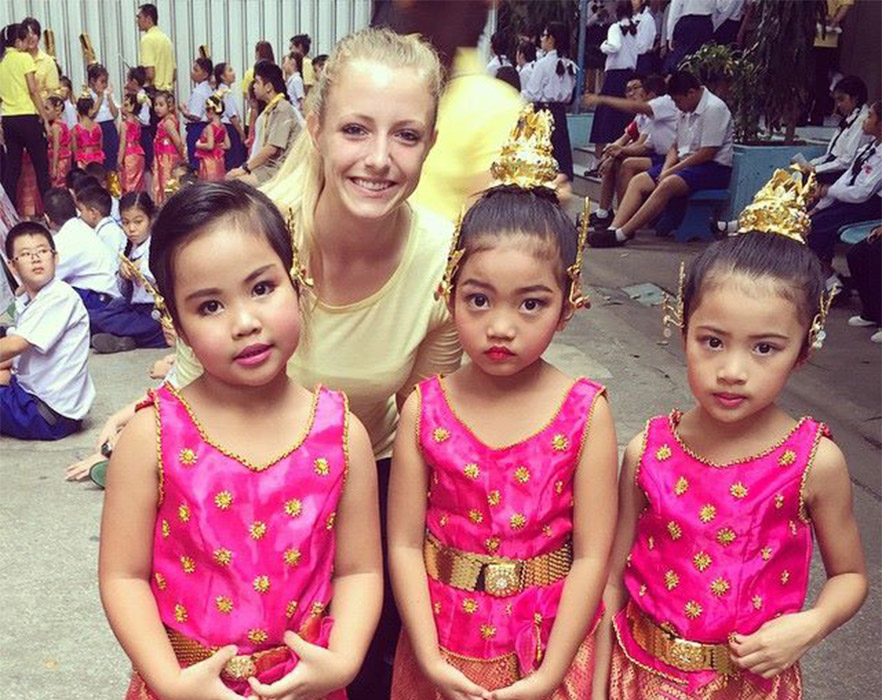 Laura with Thai studnets