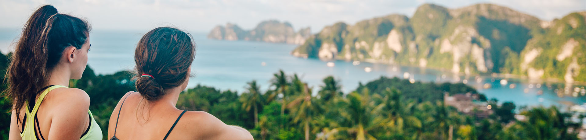 girls looking out over halong bay